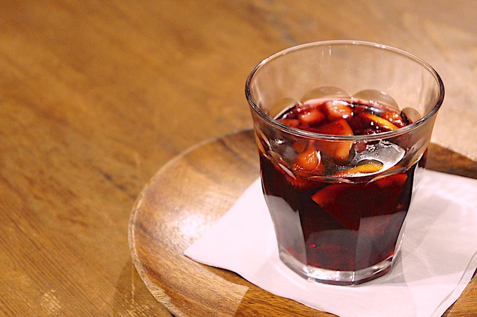 果実のホットワイン